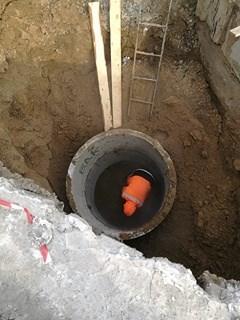 На аварийном участке по улице Ключевская продолжаются ремонтные работы