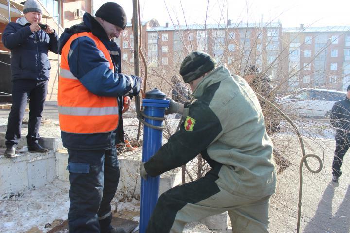 Новый пожарный гидрант «JAFAR» установлен на сетях МУП «Водоканал»